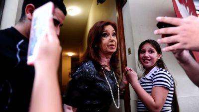 Cristina declara hoy y buscará mejorar su situación en la causa por el dólar futuro