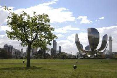La ciudad de Buenos Aires amplía los espacios verdes con 20 mil árboles