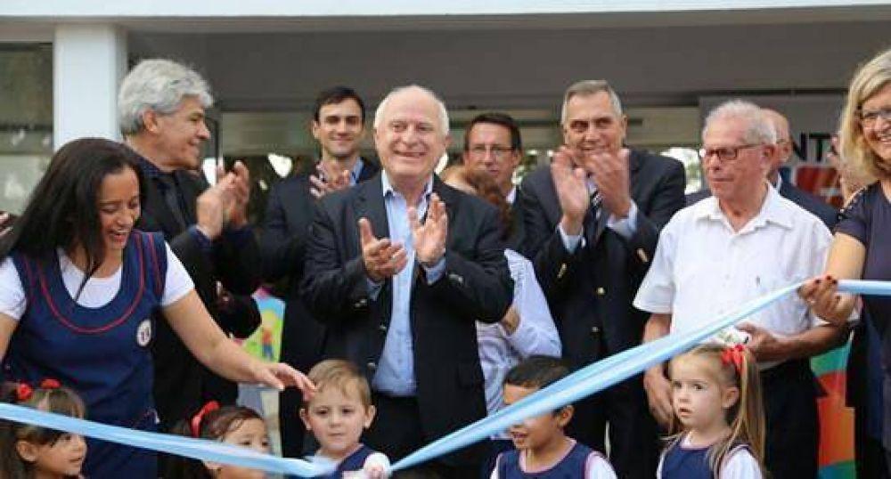 Lifschitz inauguró el nuevo edificio del Jardín de Infantes de San Javier