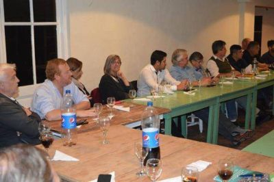 Mesa sindical de la segunda sección llama a la unidad para frenar a Macri