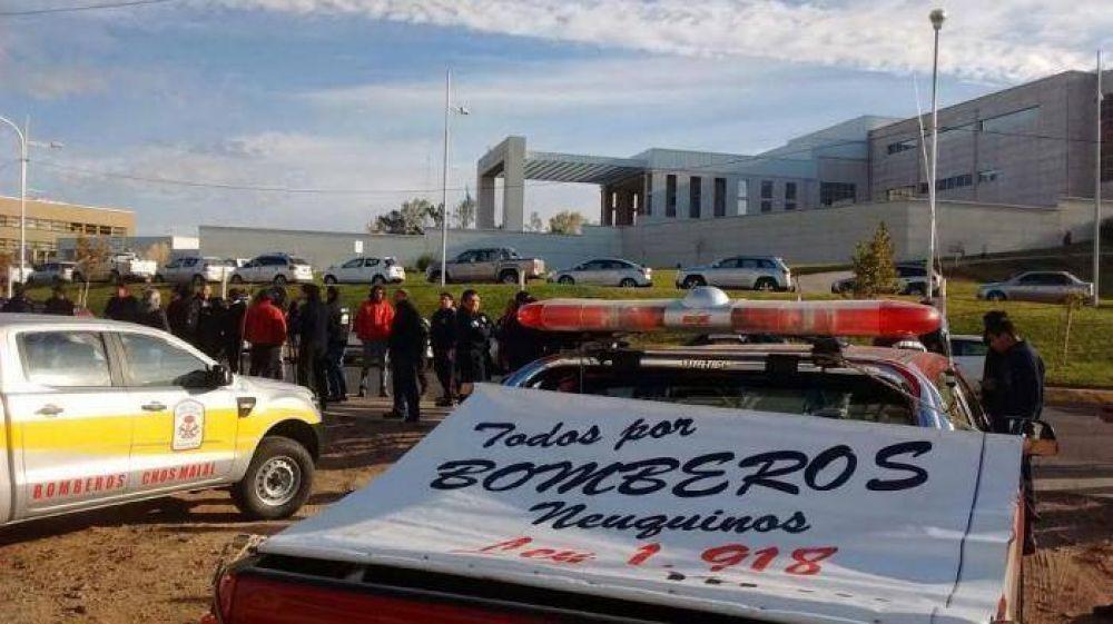 El gobierno presentó un proyecto para ayudar a los Bomberos Voluntarios