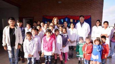 La Gobernadora inauguró el edificio de la Escuela Nº 1226