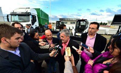 Por el futuro incierto de las cooperativas Das Neves discutirá con intendentes la prestación de servicios