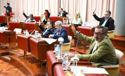 Legislatura: los sueldos de diputados y empleados aumentarán un 10% hasta julio