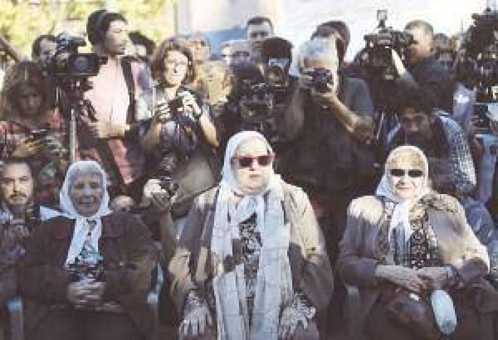 Madres de Plaza de Mayo pedirá el juicio político contra tres integrantes de la Corte