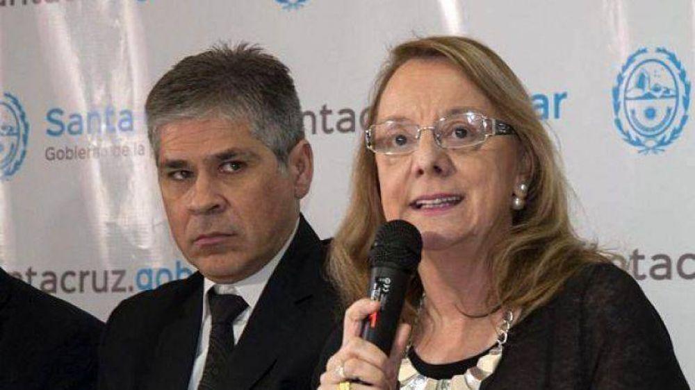 González dice que Santa Cruz una de las pocas provincias que aún no emitieron deuda en dólares