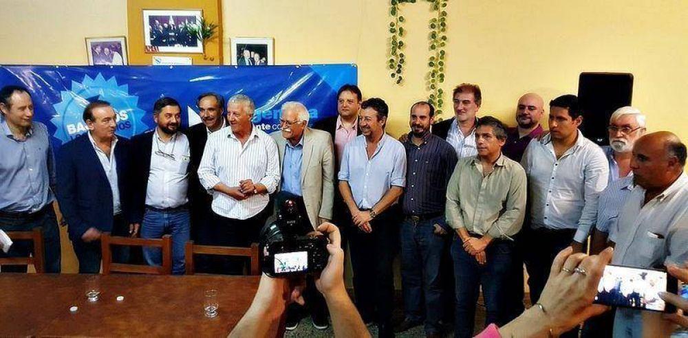 """El massismo y el GEN presentaron """"Bajemos los Precios"""" en La Plata"""