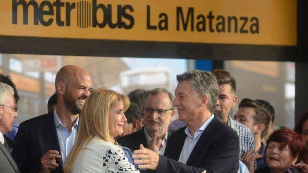 Tras inaugurar el Metrobus, Magario criticó al Gobierno