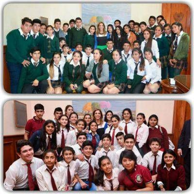 La gobernadora recibió a alumnos y docentes de Vilelas y El Quemado