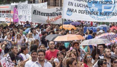 La ADP pedirá ante la Justicia que se devuelvan los descuentos a docentes