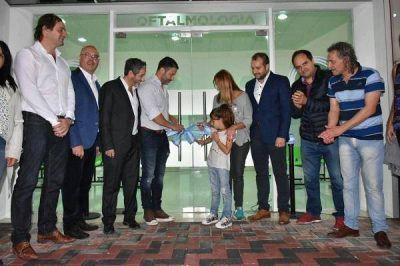 Gustavo Menéndez inauguró el nuevo Hospital de Libertad