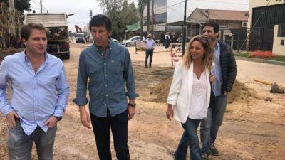Campbell, Posse y Ciarletta recorrieron las obras que renovarán la calle Uruguay