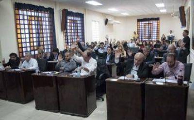 Por mayoría, aprobaron cambios en el organigrama municipal