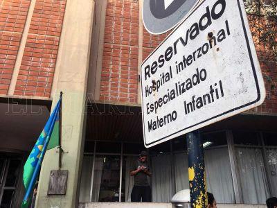 Comenzó la construcción de 15 consultorios externos en el Materno Infantil