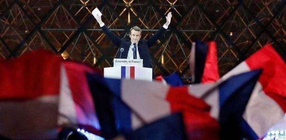 Freno al populismo: Macron arrasó en Francia y prometió acercarse más a Europa