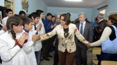 Lucía inauguró nuevas instalaciones en la Escuela Secundaria Rural Nº 10