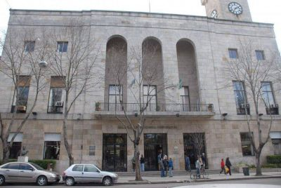Una cooperativa anunció que dejará de cumplir sus tareas si la Municipalidad no les paga