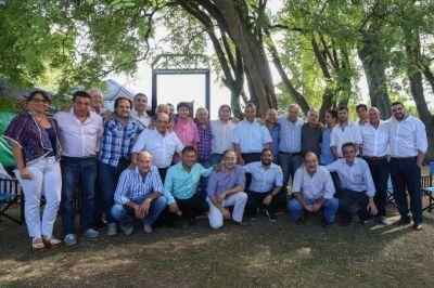 "Vuelve a reunrise el ""grupo Caballito"", con la premisa de juntar a más de 30 intendentes"