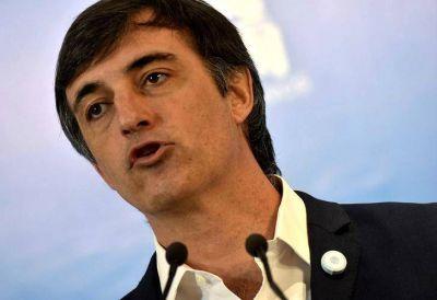 Esteban Bullrich ya se mueve como candidato e impuso un legislador