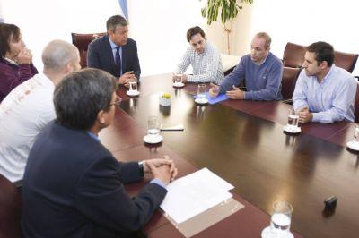 Figueroa quiere incluir en el Plan Patagonia el saneamiento de los ríos