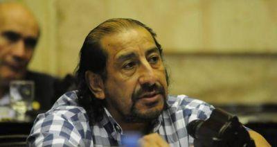 Oscar Martínez entre los diputados más aplaudidos en el recinto