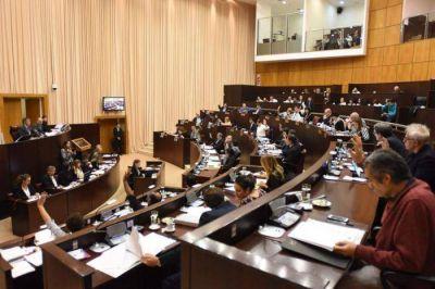 Diputados neuquinos solicitaron el juicio político a los jueces de la Corte Suprema de Justicia