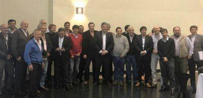 Intendentes peronistas del interior se reunieron con el ministro de Infraestructura