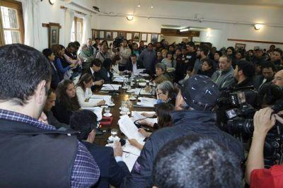 Sesión violenta: confirman procesamiento de empleados municipales afiliados al gremio Soyem