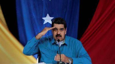 Acusan a Nicolás Maduro de financiar con US$ 11 millones en negro la campaña de Hugo Chávez en 2012