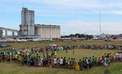 Demolerán los silos del Puerto para expandir el área operativa
