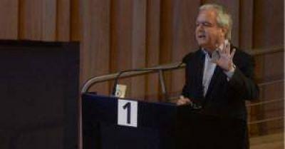 Pinedo aseguró que el ajuste del gasto del Estado no afectará las prestaciones sociales