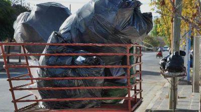 Una mugre: serios inconvenientes en la recolección de residuos en Bahía
