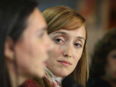 Estalló La Cámpora contra la cúpula del Justicialismo por la renuncia al FpV
