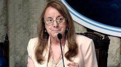 Diputados opositores piden a la gobernadora Alicia Kirchner un informe sobre las cuentas públicas