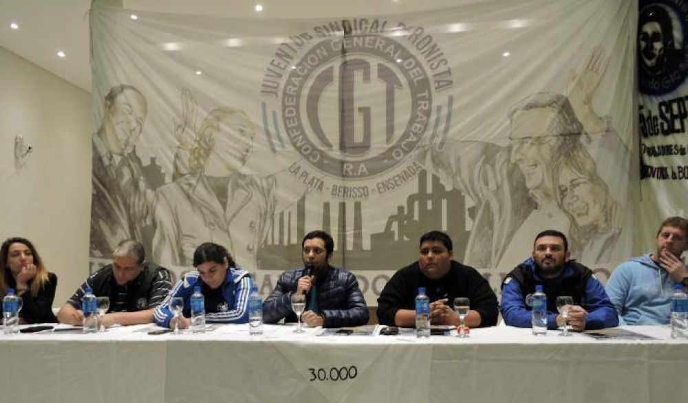 Exitoso plenario de la Juventud Sindical Peronista del Gran La Plata