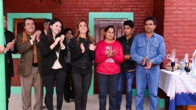 La Gobernadora inauguró importantes obras en el departamento Figueroa
