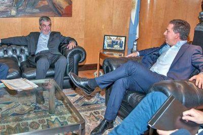"""Dujovne """"sabe que Chubut fue postergada en la coparticipación"""", dijo Das Neves"""
