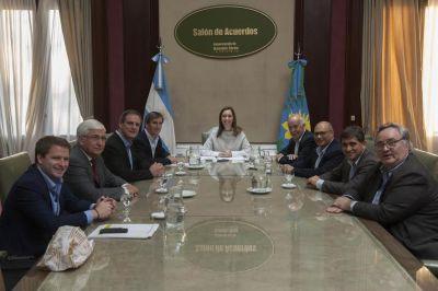 Vidal recibió a sus intendentes de la quinta sección y solo faltó Arroyo