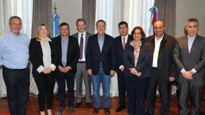 Bordet juntó a gobernadores del PJ y liberan acuerdos en las provincias