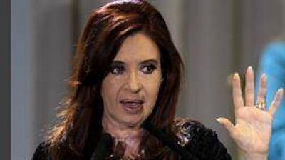 Crece la presión de los intendentes para que Cristina se postule