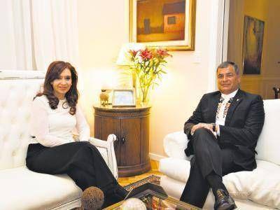 Con CFK para la última foto fuera de Ecuador
