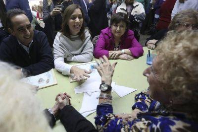 Vidal muestra candidatos y esta vez compartió acto con Ocaña