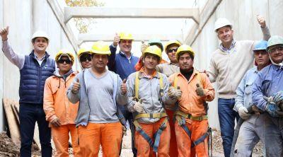 Martiniano Molina recorrió la obra del bajo vías de Bernal y auguró una pronta inauguración