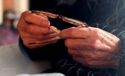 Lanzan una campaña con recomendaciones para jubilados que operan con bancos