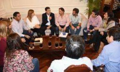 El oficialismo enfoca su campaña en las críticas a Nación