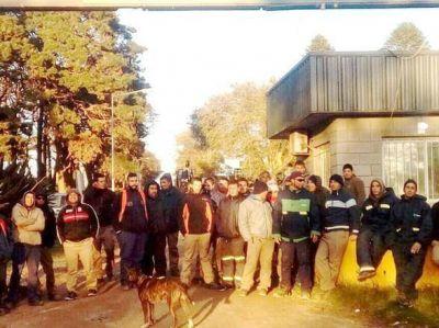 Trabajadores del Predio de Disposición Final de residuos no cobran y están de paro