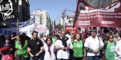 Semana complicada para Vidal: médicos y judiciales llevan sus reclamos a la calle