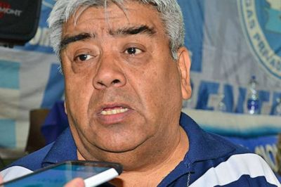 """Para Gómez, hay que neutralizar despidos y no distraerse con Sinopec"""""""