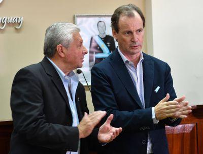 Bordet anunció que destinará parte del crédito internacional a las juntas de gobierno