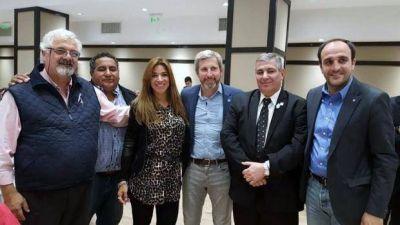 Analía Brizuela se integraría a los cuatro diputados más cercanos al macrismo